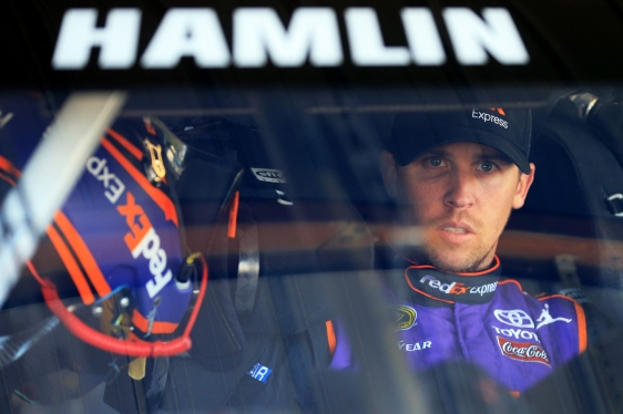 2015-martinsville-i-cup-denny-hamlin-windshield-credit-nascar-via-getty-images
